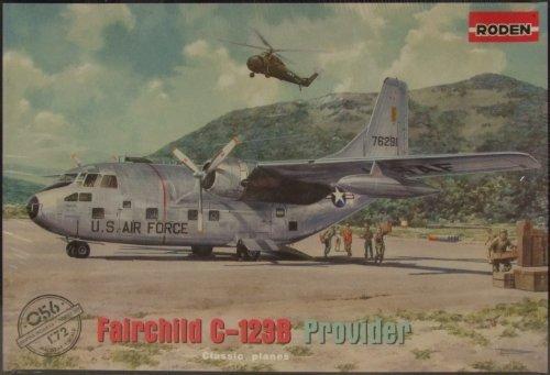 C119 Flying Boxcar - Roden Fairchild C-123B Provider Building