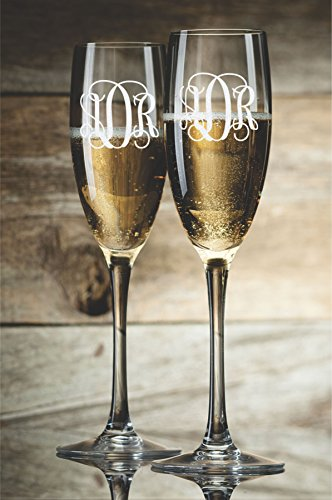 Personalized Champagne Glasses Champagne Flutes Bride and Groom Monogram Toasting Glasses Set of 2