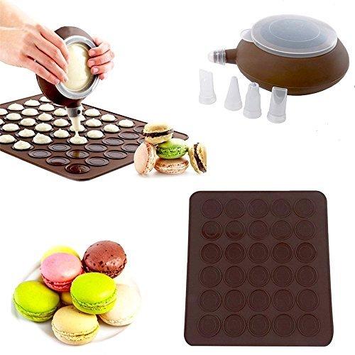 SOEKAVIA Macaron Baking Set, 48-Capacity Macaron Silicone Mat Mold Non-Stick Kit and Decorating Piping Pot with 4pcs Nozzles