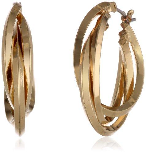 Aretes tipo argolla de tres anillos en tono dorado Classics de Anne Klein