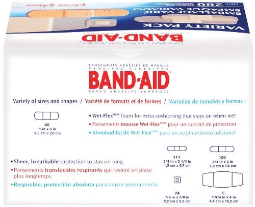 Band-Aid Brand Adhesive Bandages, Variety Pack, 840 Assorted Bandages by Johnson & Johnson Consumer Products