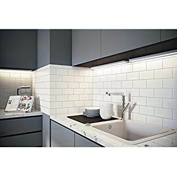 White Crackled Bevelled 3x6 Subway Tile Backsplash