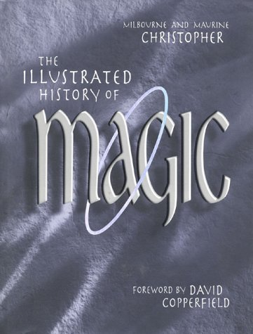 The Illustrated History of Magic (Christophers Clover Red)