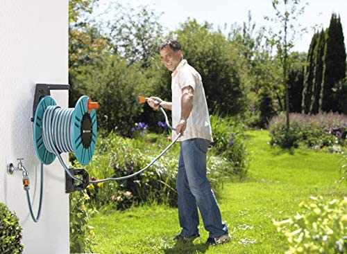GARDENA Classic wall-fixed Hose Reel 60 with hose protection guide: For simple wall-mounting, with anti-drip device, angled connection, high capacity, space-saving (2650-20)