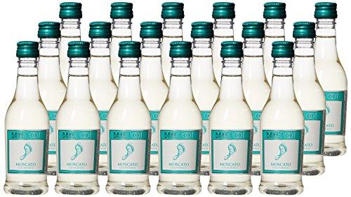 Galleon barefoot cellars california moscato plastic and for Empty mini plastic wine bottles