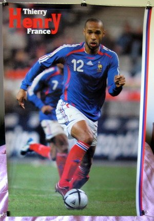 Thierry Henry POSTER playing for French team in 2006 World Cup 23.5 x 34 in action soccer football (poster sent FROM USA in PVC pipe)