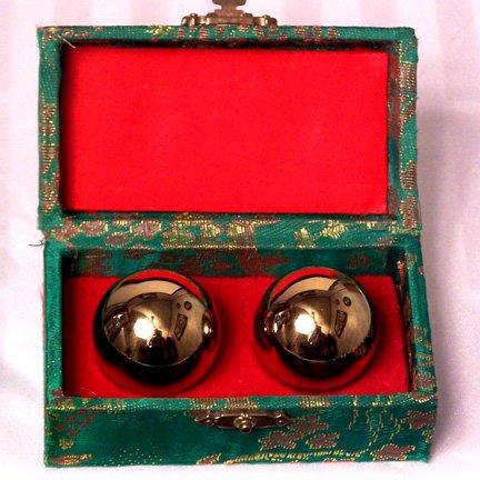 Chinese Baoding Balls (Emperors Golden Chinese Stress Balls - Chinese Exercise)