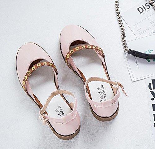 Un calzado tipo de palabra de la correa de las sandalias de las mujeres Pink