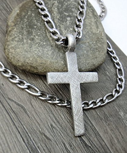 mens-large-rustic-cross-with-stainless-steel-figaro-chain