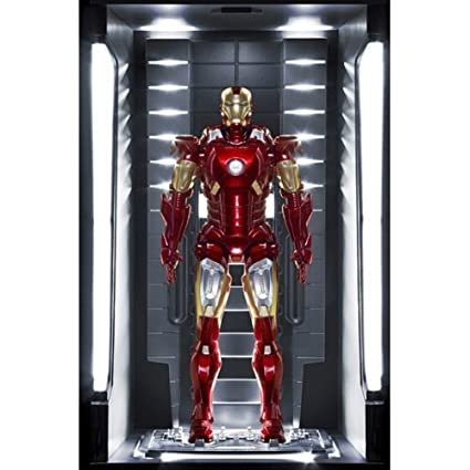 Dragon Models Iron Man 3 - Hall of Armor - Mark VII Action Hero Vignette  Figure with Lighted Hall (1/9 Scale)