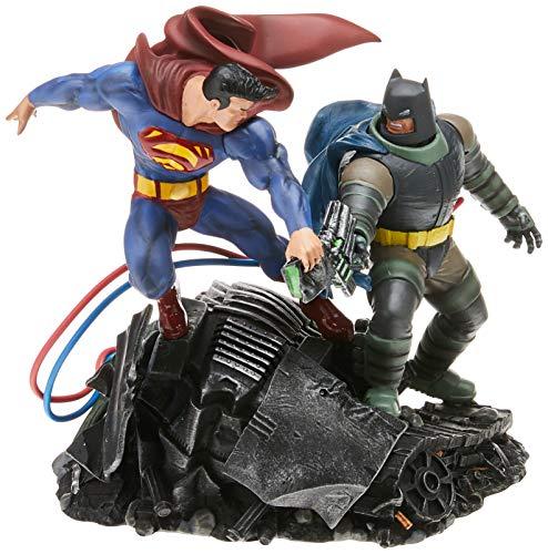 DC Collectibles The Dark Knight Returns: Batman Vs. Superman Mini Battle Statue, Multicolor