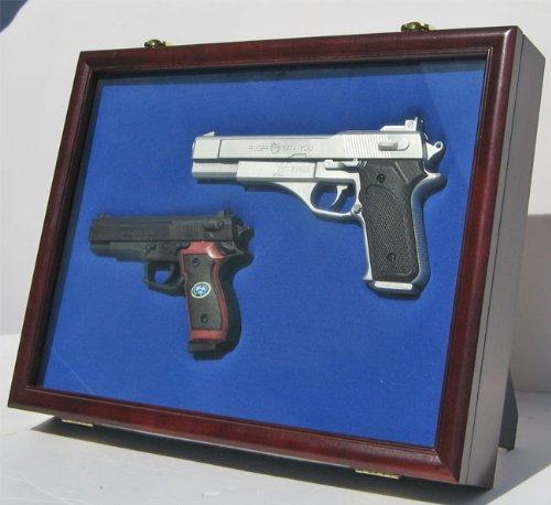 Pistol Airsoft Gun / Handgun display case shadow box, Lockab