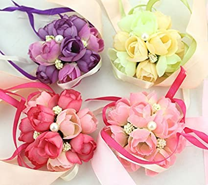 Amazon pack of 4 fivoendar adorable wedding bridal bridesmaid pack of 4 fivoendar adorable wedding bridal bridesmaid exquisite floral wrist flower corsage for girl mightylinksfo