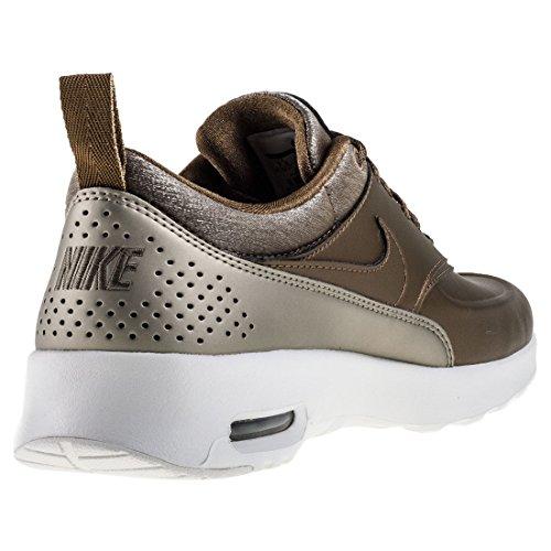 Campo Metallico Della Scarpa Da Corsa Di Nike