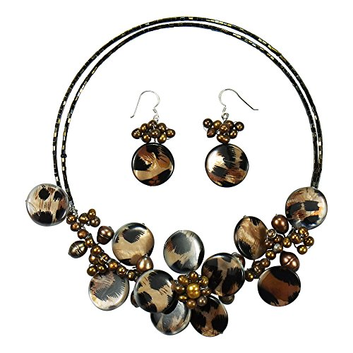 AeraVida Brown Leopard Theme Mother of Pearl Floral Style Jewelry Set