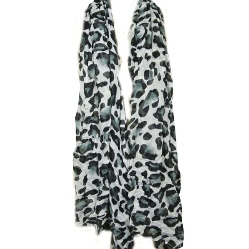Wrapables Large Leopard Print Scarf