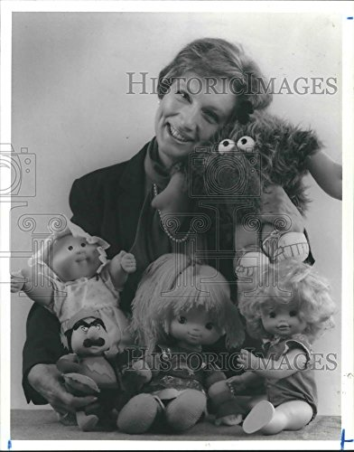 Gibson Historic Collection - Historic Images 1984 Press Photo Dr. Janice T. Gibson & Collection of Educational Dolls. - 10.25 x 8 in