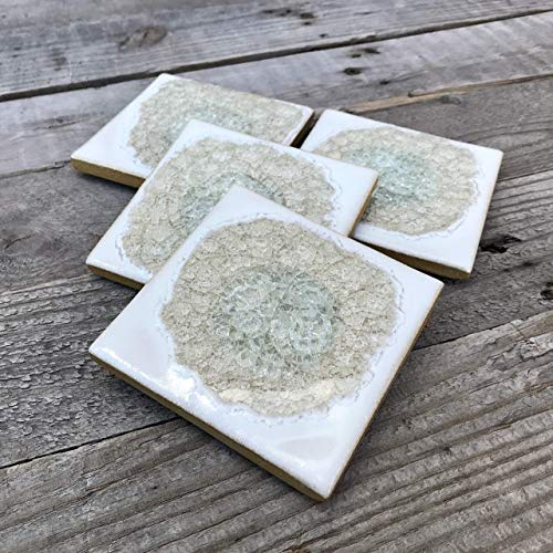 (Geode Crackle Coaster Set of 4 in White, Geode Coaster, Crackle Coaster, Fused Glass Coaster, Crackle Glass Coaster, Agate Coaster, Ceramic Coaster, Dock 6 Pottery Coaster)