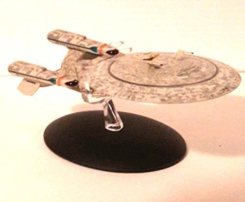 (SPECIAL Star Trek Future Enterprise-D Die Cast Ship from Eaglemoss by Eaglemoss)