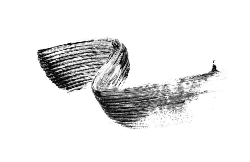VEGAMOUR Vegalash Volumizing Mascara (Black/Noir) - Vegan Cruelty-free Mascara with Eyelash Enhancement Serum, Natural Plant Based Formula Conditions and Nourishes Lashes for Healthy Growth by VEGAMOUR (Image #9)
