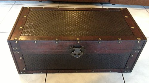 Replica vintage-Style Customized Design With Nailhead Trunk (HF036-C)