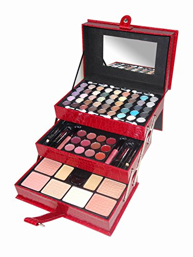 Cameo 2012 All In One Makeup Kit]()