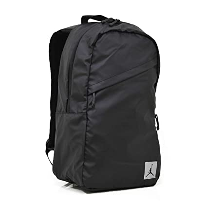 4c454852013f87 Amazon.com  NIKE Jordan Jumpman Crossover Backpack Book Bag Laptop Tablet  Storage (Black with Reflective Silver Logo Patch)  Computers   Accessories