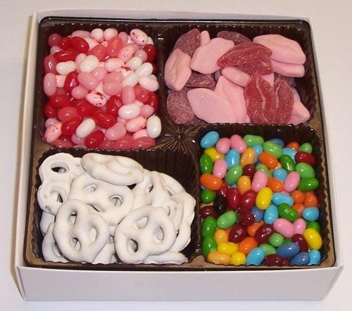Scott's Cakes Large 4-Pack Smoochie Lips, Valentine Beans, Conversation Beans, & White Pretzels