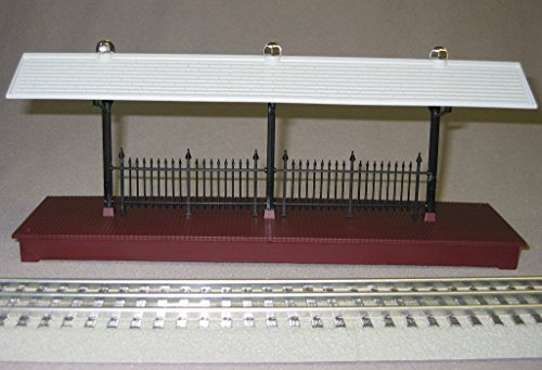 LIONEL TRAIN STATION PLATFORM O GAUGE people passenger freight track