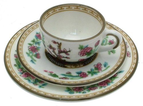 - Coalport Indian Tree miniature cup saucer and plate tree - comes boxed - NEGR181