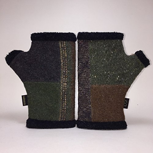Baabaazuzu Green & Blue Patterned Women's Upcycled Wool Arctic Fingerless Gloves