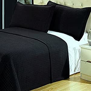modern solid black lightweight bedding quilt coverlet set king cal king size home. Black Bedroom Furniture Sets. Home Design Ideas