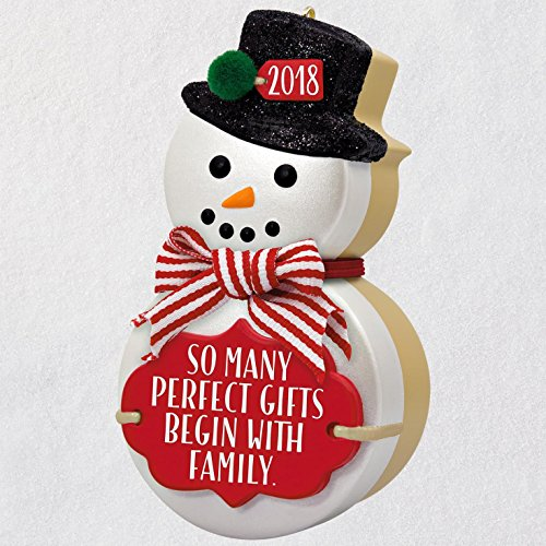 Hallmark Keepsake Christmas Ornament 2018 Year Dated, The Gift of Family Snowman