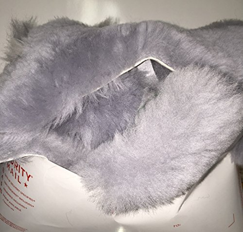 1 POUND Genuine Australian Merino Sheepskin Natural Wool on Leather SMALL TO MEDIUM PIECES Palm to Finger Sized pieces for Crafting, Sewing, Padding, Pet Toys -