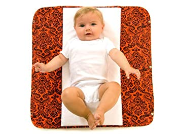 Amazon.com : Ah Goo Baby Plush Pad Portable Changing Station- Salsa : Diaper Changing Pads : Baby