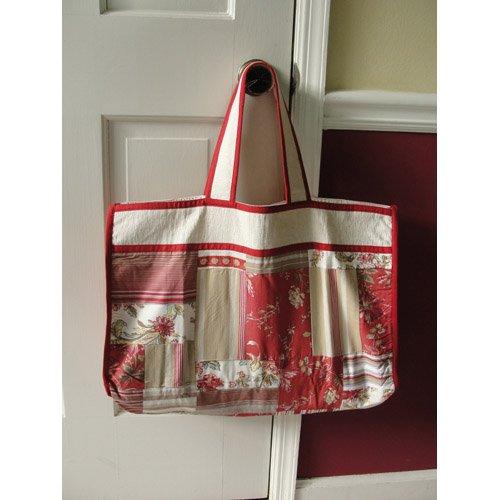 2009 Desk Calendar (Antique Reds Patchwork Tote Bag)