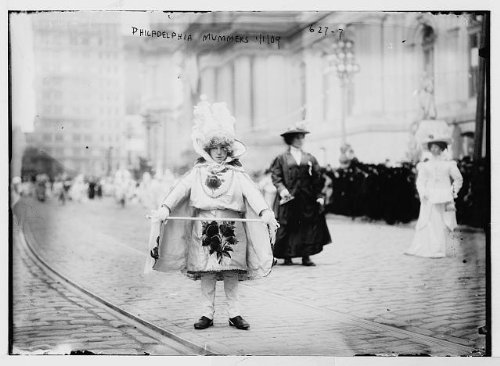 (HistoricalFindings Photo: Mummers, Year's Day,Philadelphia,PA,Pennsylvania,child,women,1909 )