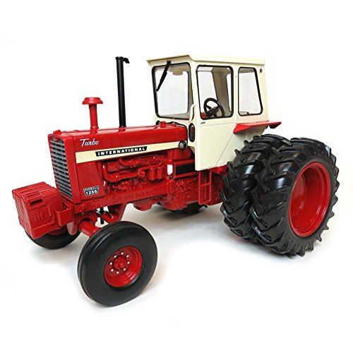 ERTL 1/16 50th Anniversary Collector Edition International Harvester 1256 Ice Cream Box Cab with Duals