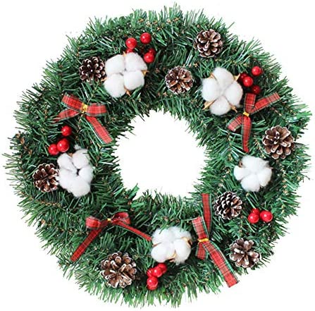 Stable wreath red
