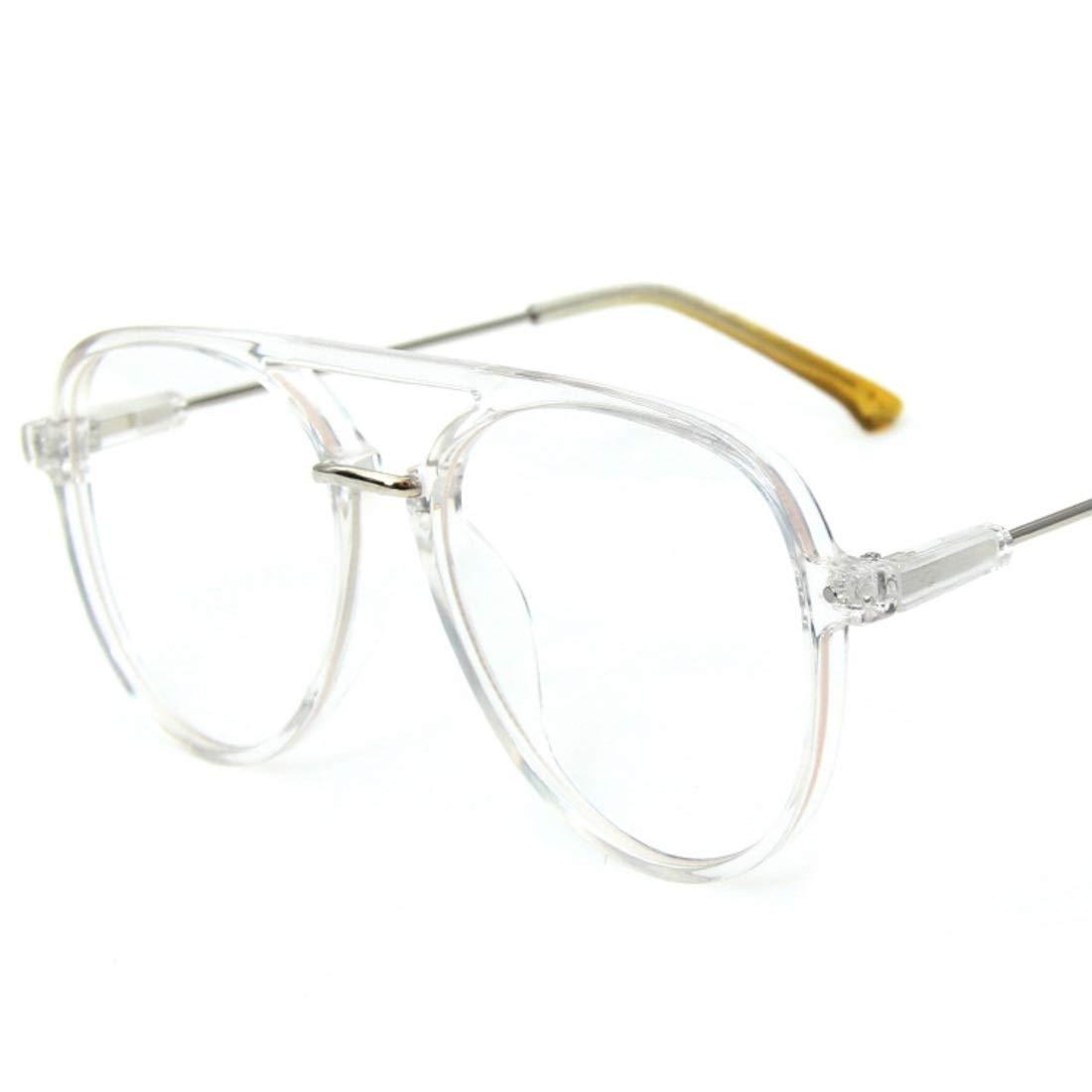 Gafas unisex de moda con montura transparente realizada en plástico.