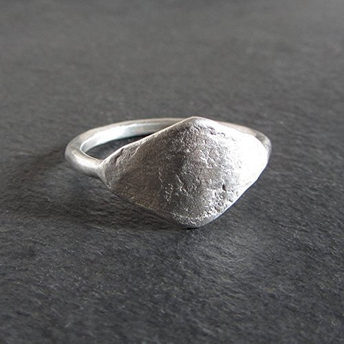 Textured organic diamond-shaped stacking ring in sterling silver/Artisan jewelry by Moragh Chisholm