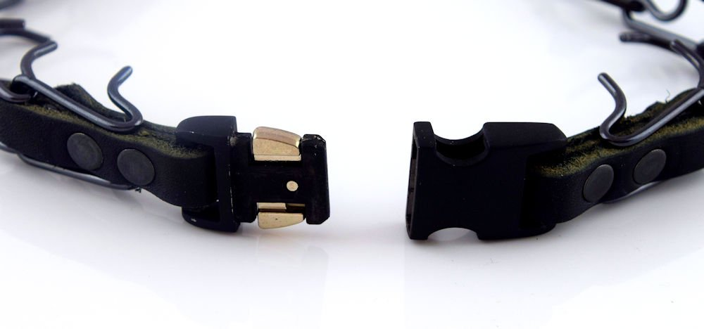 Herm Sprenger Black Stainless Steel Prong Collar with Pawmark Quick-Snap Buckle - Large by Pawmark Products (Image #3)