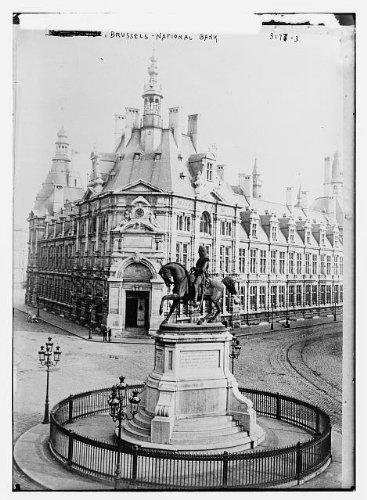 photo-national-bank-brusselscapital-of-belgium1910-1915statue