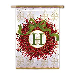 Berry Wreath Garden Flag - H