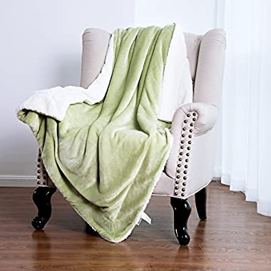 Bedsure Sherpa Blanket Throw Blankets Bed Blankets, Soft Cozy and Warm(Reversible/Textured/Fuzzy), 50  x 60  Sage Green