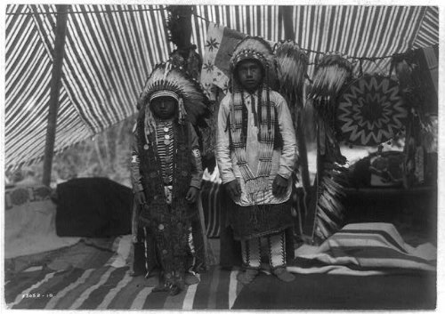Photo: Sons,Yakima chief,clothing,headdress,Indians,Native Americans,WA,E Curtis,c1910 (Indian Chief Headdress For Sale)
