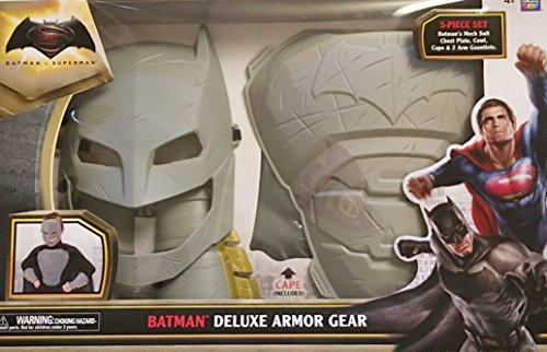 Batman Deluxe Armor Gear