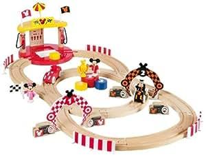 Brio 32226 Mickey Mouse - Circuito de madera de carreras con figuras de Disney