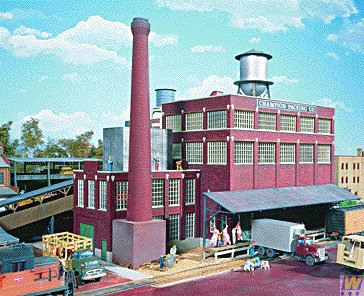 Walthers HO Scale Cornerstone Series174 Champion Packing Plant 16-3/8 x 7-1/8 x 5-15/16'' 40.9 x 17.8 x 13.2cm