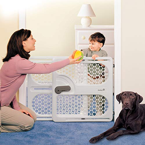"Safety 1st Pressure Mount Easy Fit Security Gate, Fits Spaces between 28"" and 40"" Taupe"